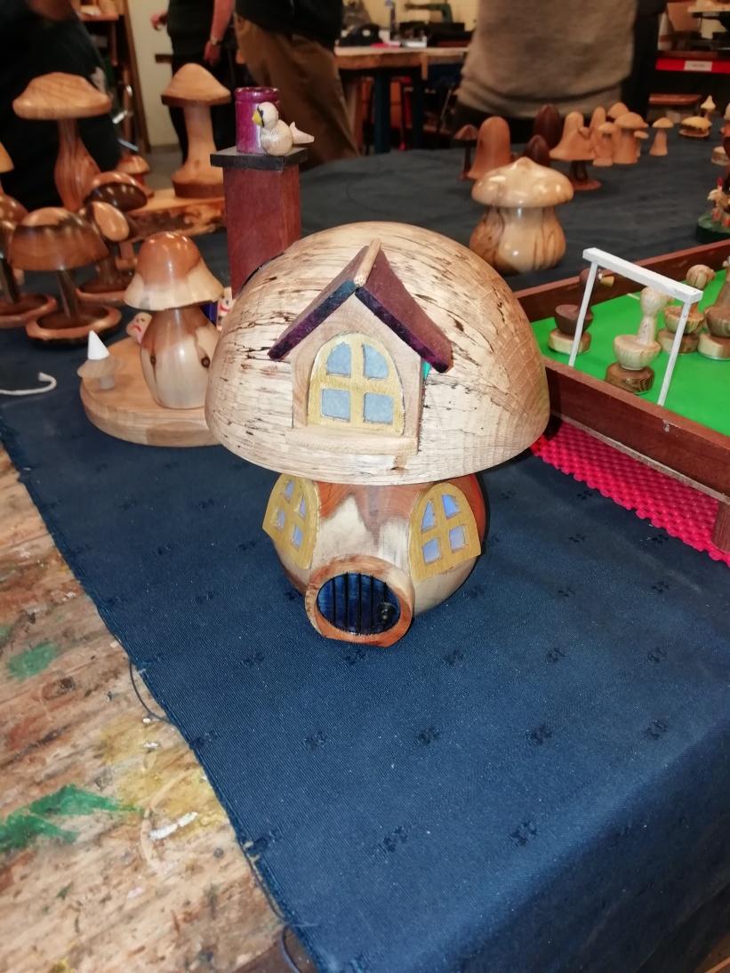Geof's mushroom home